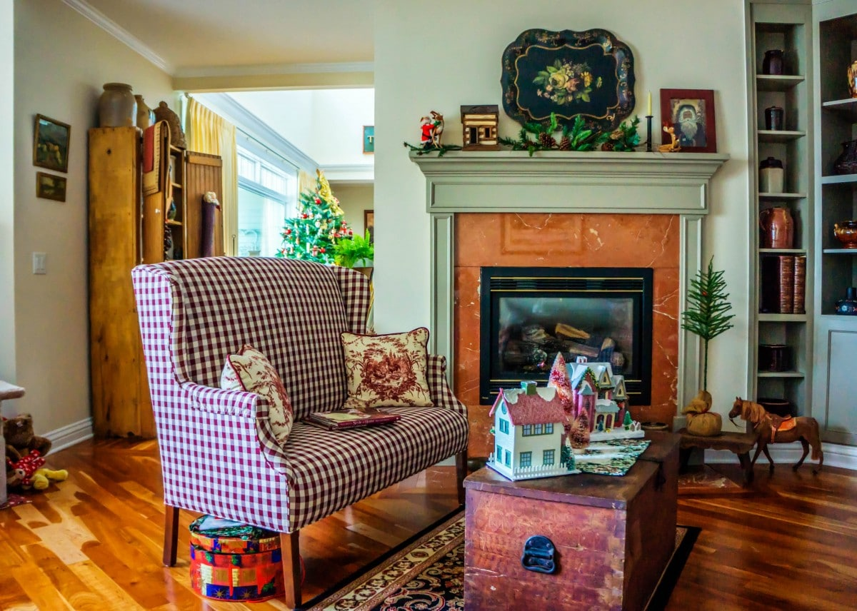 Tampa home that has been professionally cleaned for the holidays